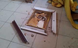 К какой примете падает икона в доме