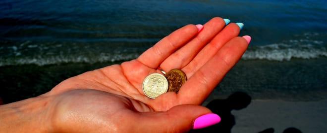 Откуп монетами перед присушкой на мёд