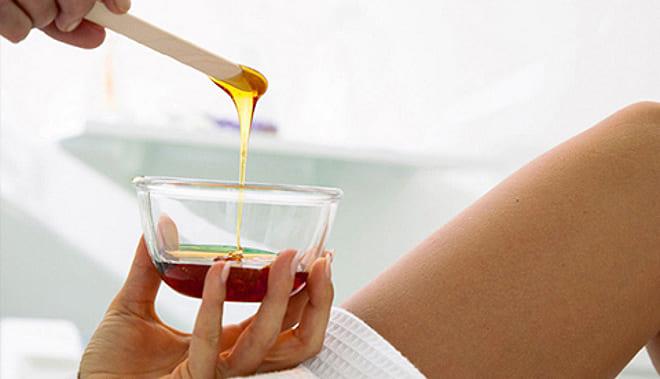 Присушка на мёд и его размазывание по телу