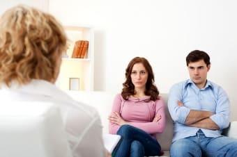 Пара на приёме у семейного психолога