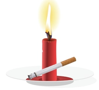 Сигарета и красная свечка