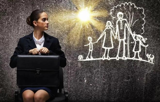 Семья или карьера - что важнее для женщины