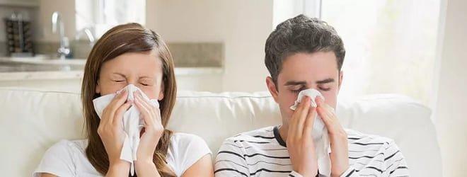 Парень и девушка заболели