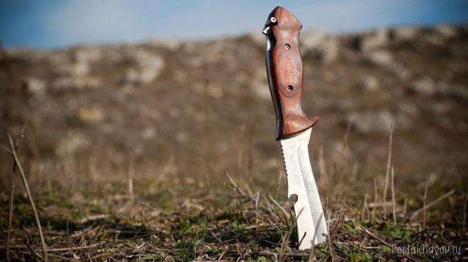 Магический нож в земле